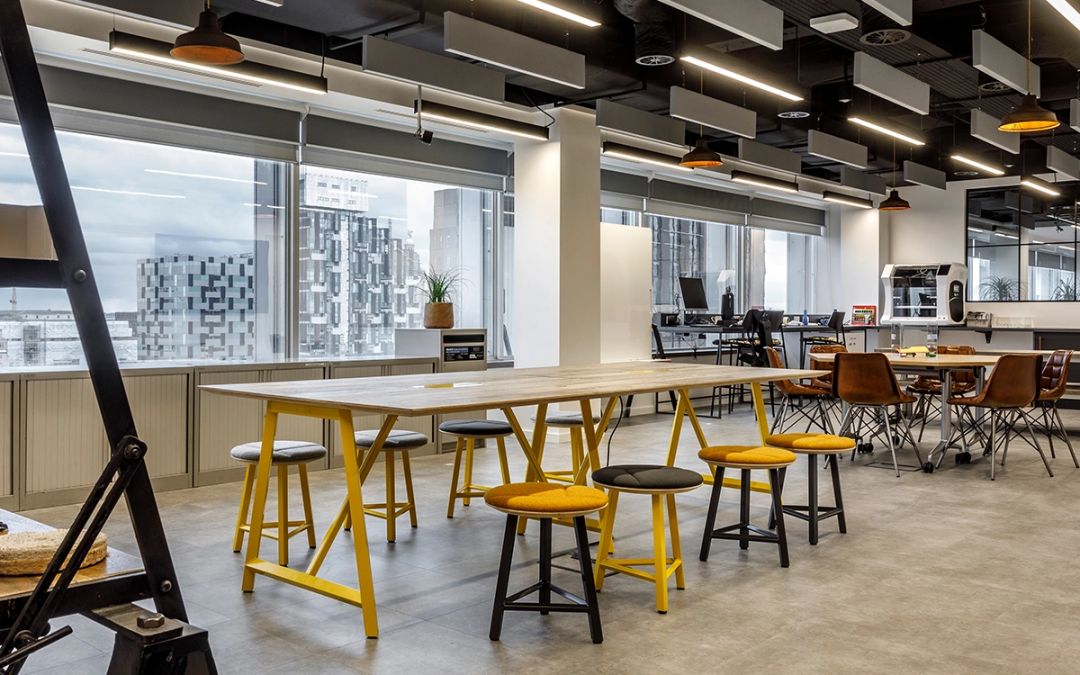 Explaining the Differences: Office Fit Out vs. Office Refurbishment